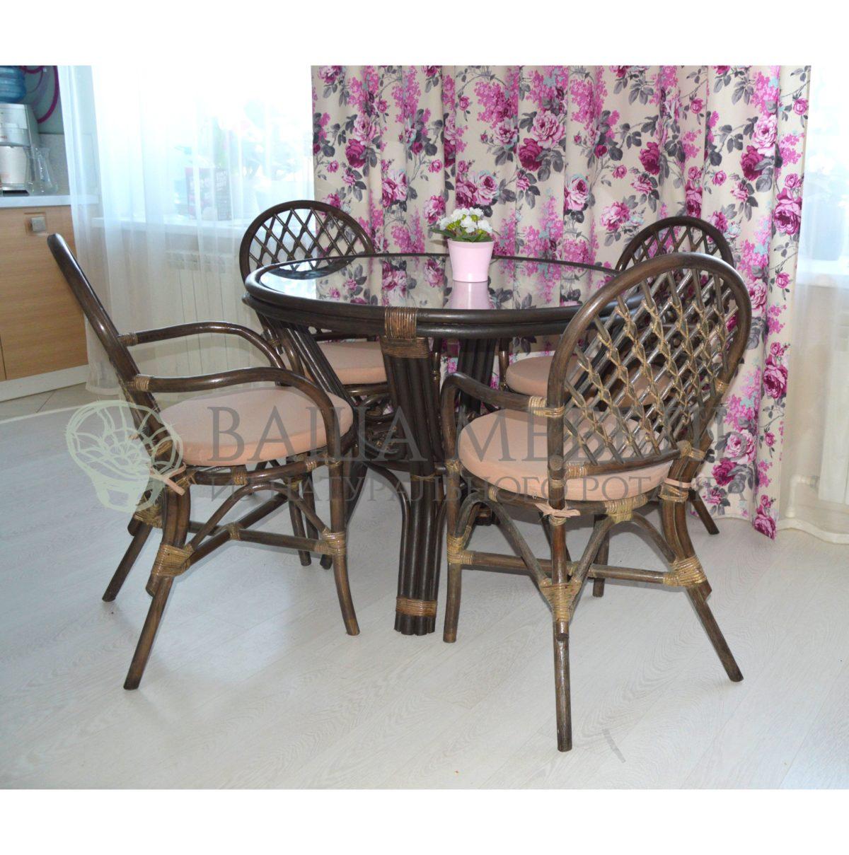 Комплект СОФИЯ квартет с обеденным столом из натурального ротанга