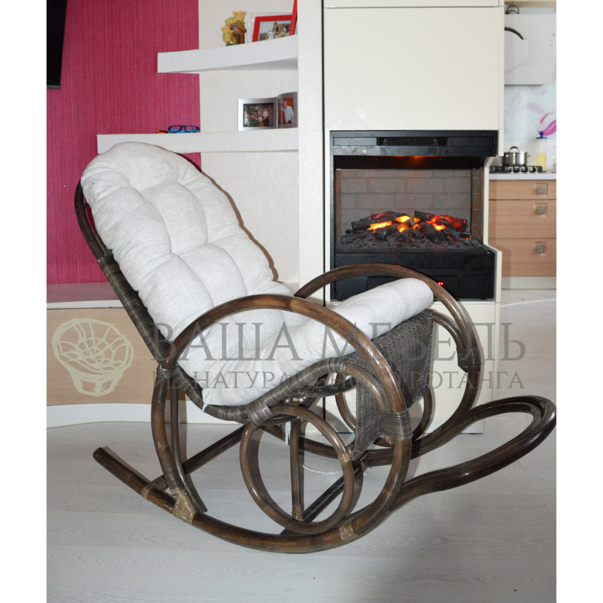 Кресло-качалка Лорд из натурального ротанга