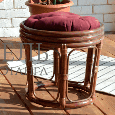 Набор стол обеденный и четыре круглых пуфа из натурального ротанга