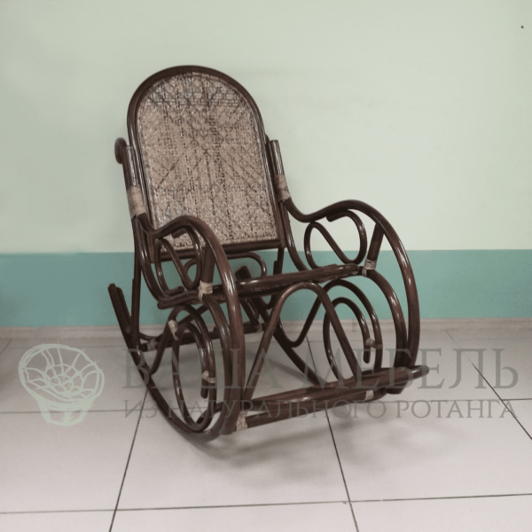 Кресло-качалка Сари из натурального ротанга